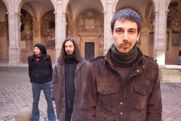 I Malascena e il loro album omonimo: i pensieri si pongono come risposta alle domande dell'essere