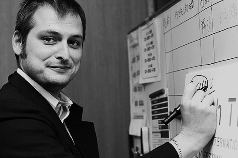 """Intervista di Raffaele Lazzaroni al regista Marco Bonfanti ed al suo nuovo film """"Bozzetto non troppo"""""""