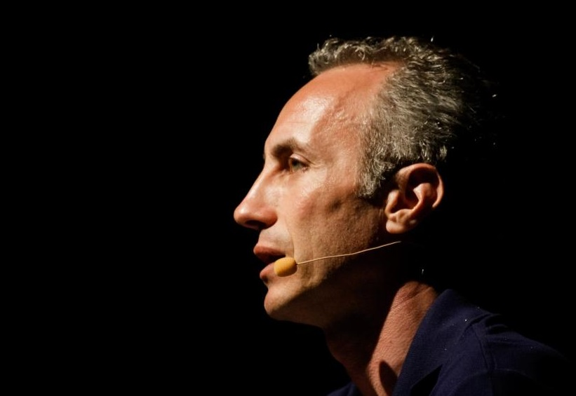 """""""Slurp"""" – Marco Travaglio canta ed incanta di un'Italia dalla lingua lunga, sino al 16 ottobre 2016, Roma"""