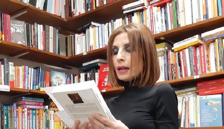 """""""Qualcosa di noi"""" di Maria Franzè: venticinque storie sulla diversità di essere donna"""