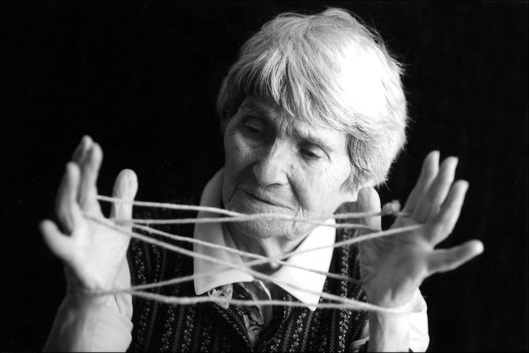 Addio all'artista sarda Maria Lai: 93 anni di grandi opere e di ispirazione per il mondo intero