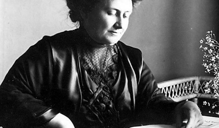 150 anni dalla nascita di Maria Montessori, la donna che rivoluzionò la pedagogia