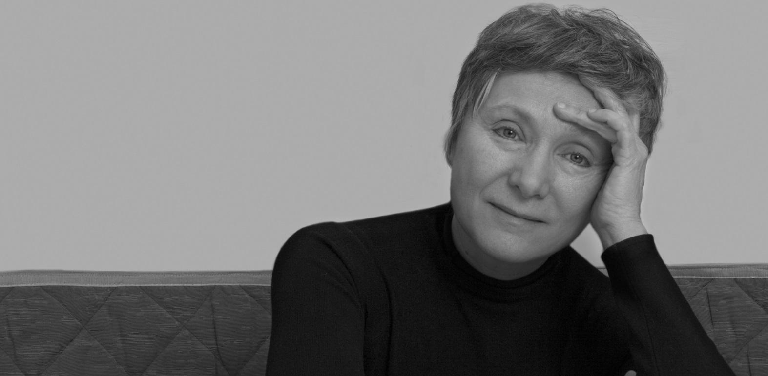 """""""Sii dolce con me"""", poesia di Mariangela Gualtieri"""