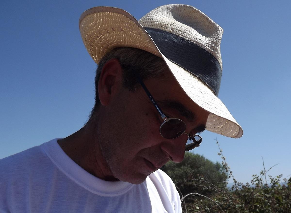 Neon Ghènesis Sandàlion: l'intervista all'archeologo Mauro Perra