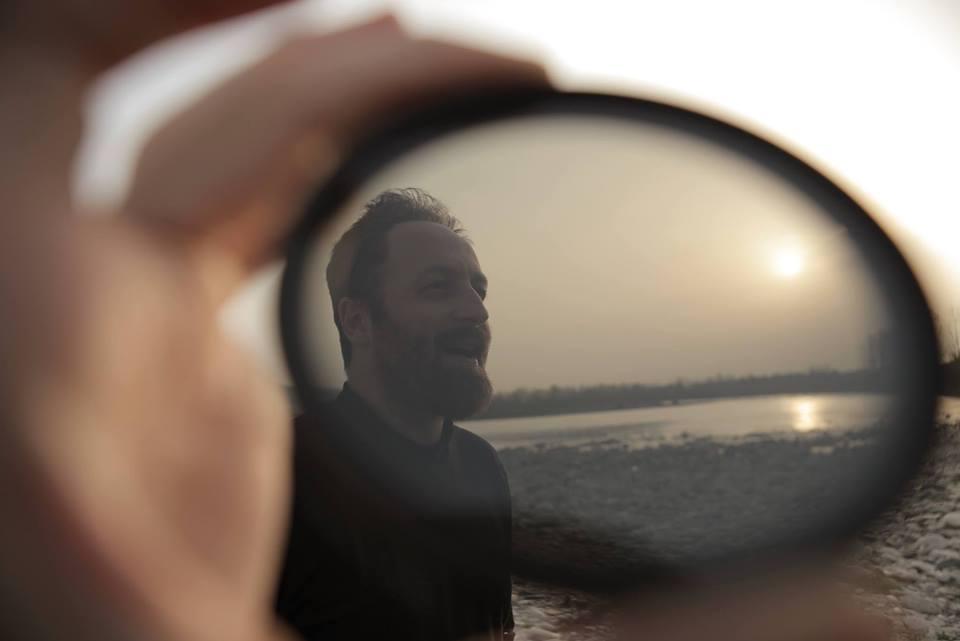 Intervista di Raffaele Lazzaroni al regista Michele Pastrello: vi presentiamo la sua trilogia filosofico-emozionale