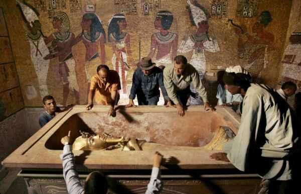 Ex-Piazzaioli , bandaioli & contorni  - Pagina 4 Mummia-di-Tutankhamon