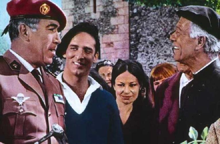 """""""Né onore né gloria"""" di Mark Robson: l'occupazione dell'Algeria da parte del governo francese"""