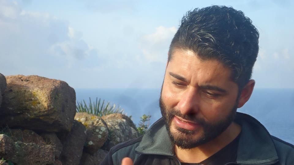Neon Ghènesis Sandàlion: l'intervista all'archeologo Nicola Dessì