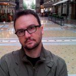 """""""Cartoline dalla fine del mondo"""" di Paolo Roversi: anticipate le mosse del serpente per risolvere il caso"""