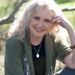 """""""Parlando con le api"""", primo romanzo di Peggy Hesketh"""