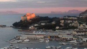 Porto di Baia - Castello Aragonese
