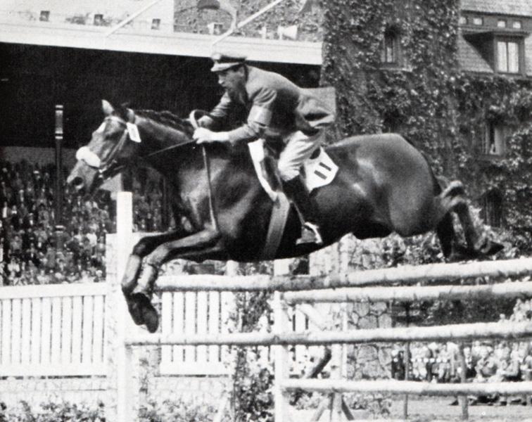 È morto Raimondo D'Inzeo all'età di 88 anni: medaglia d'oro ai giochi olimpici di Roma