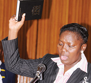Rebecca Kadaga ed il suo regalo di Natale all'Uganda: l'Anti-Homosexuality Bill