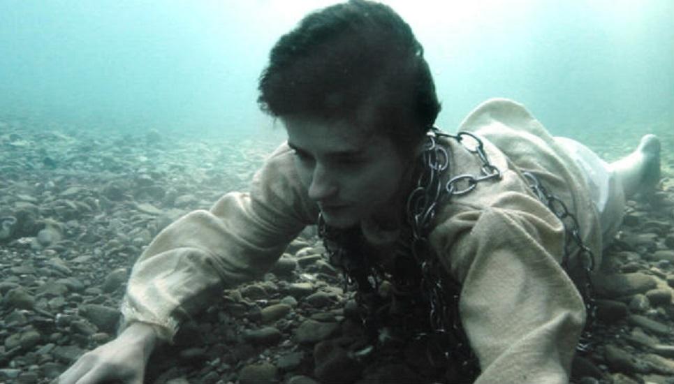 """""""Sangue del mio sangue"""" di Marco Bellocchio: crollano le prigioni e le convenzioni cinematografiche"""