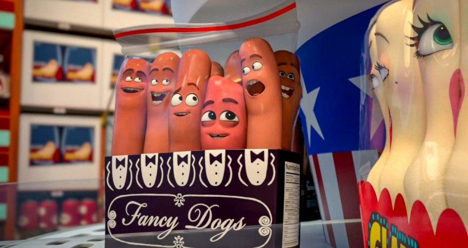 """""""Sausage Party – Vita segreta di una salsiccia"""" di Greg Tiernan e Conrad Vernon: baccanale al supermercato"""