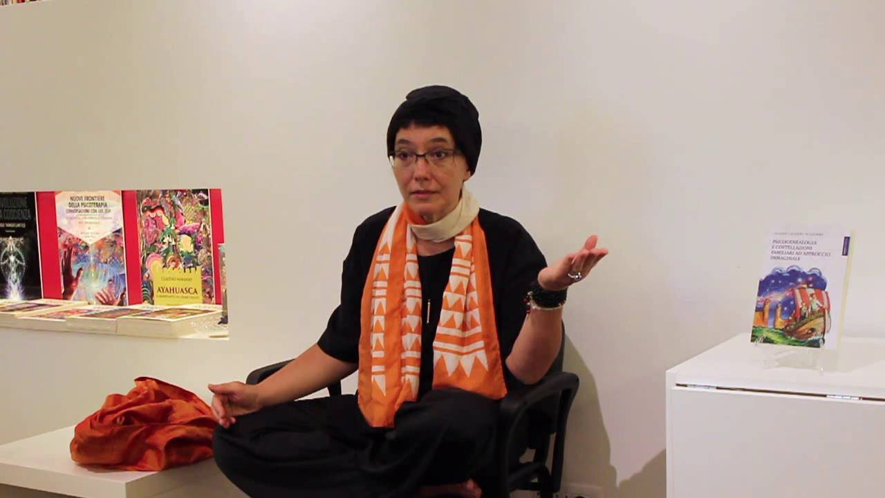 Intervista di Alessia Mocci a Selene Calloni Williams: la psicogenealogia, il daimon e lo sciamanesimo