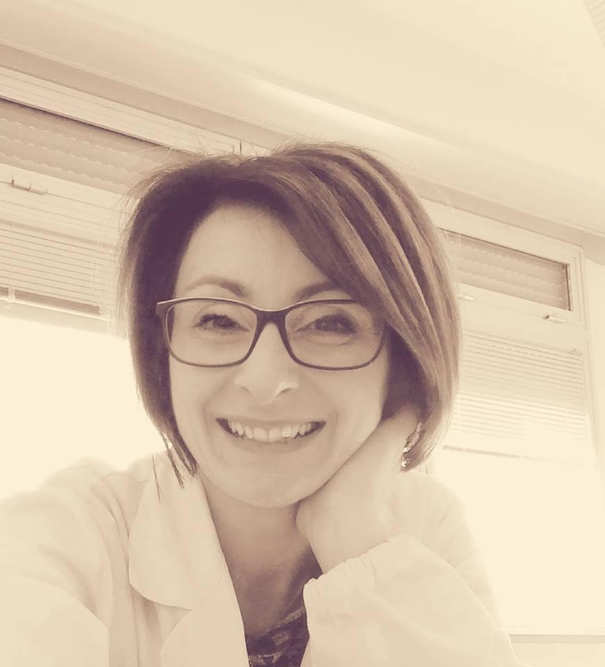 Intervista di Emma Fenu a Serena Savarelli: una madre senza possesso di figli