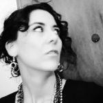 """""""Tempo di riserva"""", poesie di Silvia Rosa: l'oro non sarà mai fisso"""