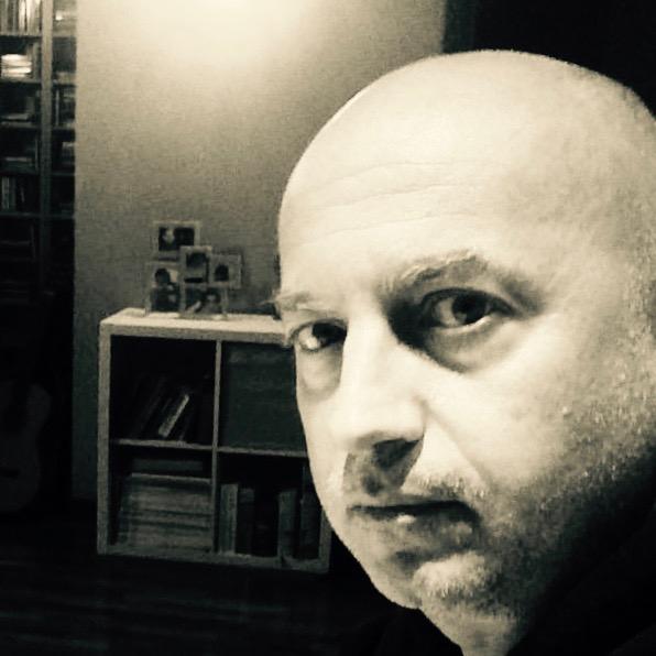"""Intervista di Antonella Quaglia a Simone Cozzi: autore del romanzo """"Lo spazio torbido"""""""