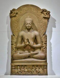 Statua di Gautama Buddha in Sarnath Museum