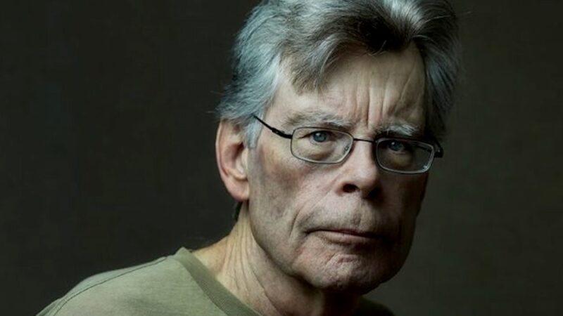 """""""L'uomo vestito di nero"""" di Stephen King: non mi interessa essere creduto, ma liberarmi"""