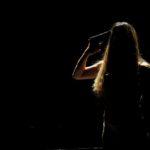 """""""ST(r)AGE"""" di Sofia Bolognini: lo spettro è la scomparsa del teatro"""