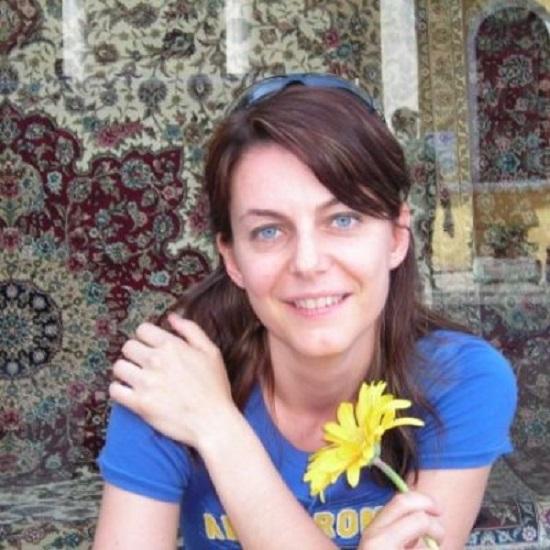 """""""Come leggere A passage to India"""" della docente universitaria Tania Zulli: un saggio esplicativo del romanzo di Forster"""
