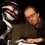 Il robot TeoTronico sfida al pianoforte il musicista Roberto Prosseda, 9 giugno, Museo del Violino, Cremona