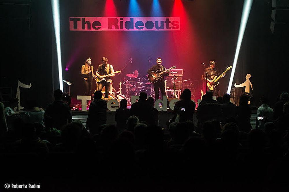 """""""Heart and Soul"""" il terzo album della band The Rideouts: il viatico per l'abbandono della scena underground"""