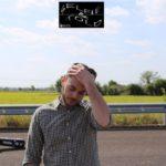 """Selfie & Told: il cantautore Tia Airoldi racconta il suo ultimo singolo """"Morning News"""""""