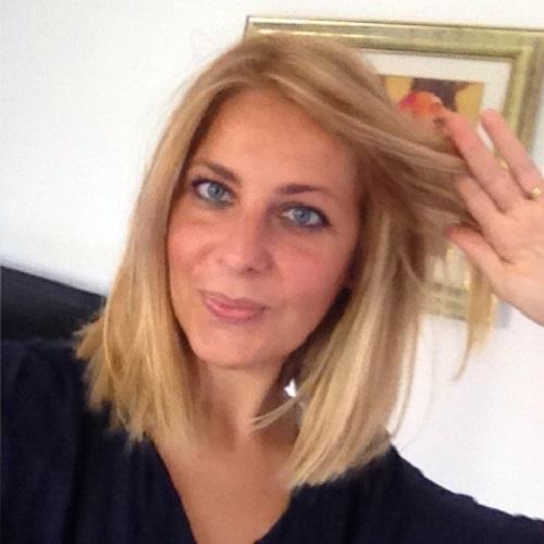 """""""Pensavo fosse dieta invece era Dukan"""" di Virginia Scarfili: quei chili in più di cui si può anche sorridere"""