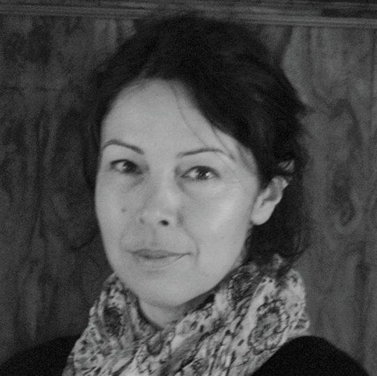 """""""La cucina color zafferano"""" di Yasmin Crowther: Iran, il prezzo da pagare per la libertà"""