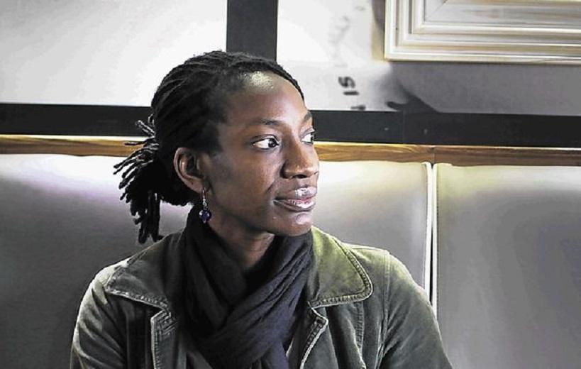 """""""La signora della porta accanto"""" di Yewande Omotoso: una trama intrecciata di solidarietà, di complicità, di amicizia"""