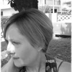 """""""Pettinavo bambole"""" di Annalisa Salvador: un bellissimo viaggio nell'interiorità di una donna"""
