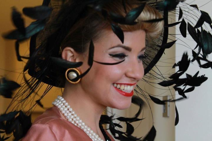 """""""500"""", il nuovo videoclip di Carlotta De Lellis: la moda degli anni '50"""