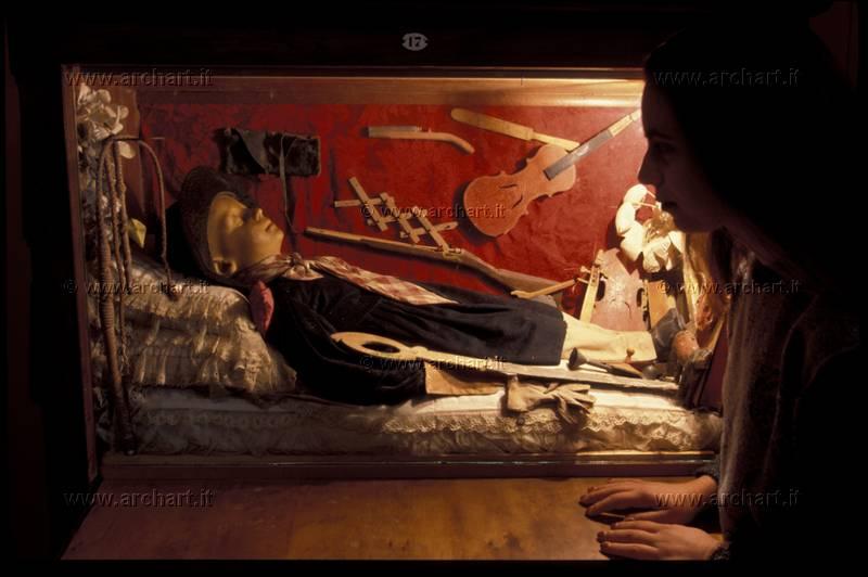 Castello di Fumone in Lazio: tra antiche leggende e storie di fantasmi