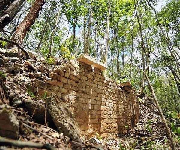 Scoperta Chactùn: un'antica Città Maya nel cuore della giungla messicana