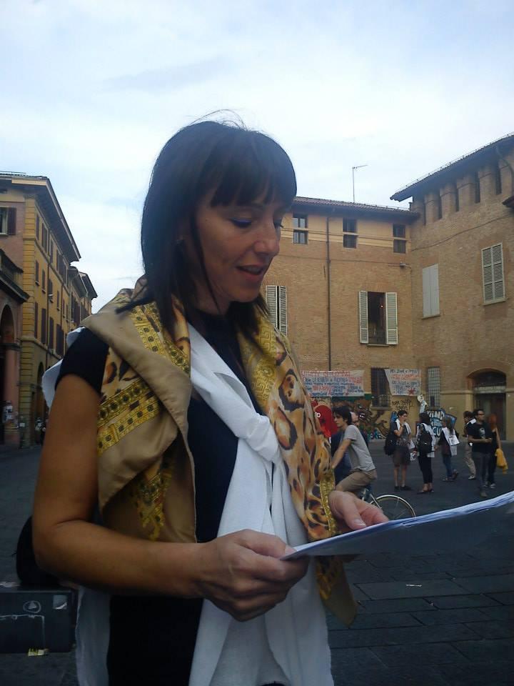 """""""Donne senza fede"""", di Daniela Montanari: l'educazione che ha condotto la donna a cercare un marito e la fede"""