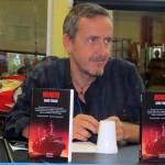 """""""Mondo 9"""", romanzo di fantascienza steampunk di Dario Tonani: il rapporto tra la macchina e l'uomo è ribaltato"""