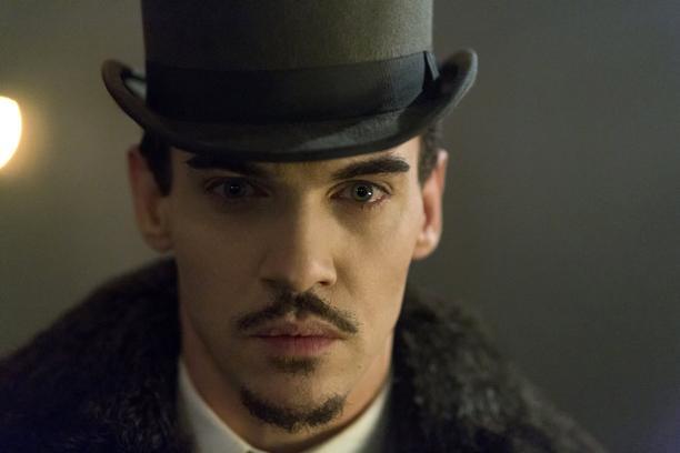 """""""Dracula"""" la serie TV in autunno negli Stati Uniti: Jonathan Rhys Meyers il protagonista"""
