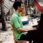 """""""Il pianista di Yarmouk"""" di Aeham Ahmad: un pianoforte in mezzo alle macerie"""