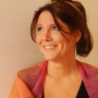 """Intervista di Pietro De Bonis a Chiara Trabalza, autrice del libro """"Il volo delle lanterne"""""""