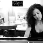 """Selfie & Told: la pianista Greta Cipriani racconta la passione per la musica e """"Tanguerìa"""""""