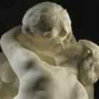 Il bacio di Auguste Rodin: quando la materia vibra di passione
