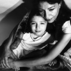 """""""Madri e figlie"""": la mostra fotografica di Gabriele Morrione, dal 18 gennaio al 2 febbraio, Roma"""