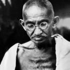 Le métier de la critique: Mahatma Gandhi, un uomo oltre il mito