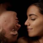 """""""Noces – A Wedding"""" di Stephan Streker: il conflitto tra modernità e tradizione nel dramma familiare di Zahira"""