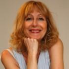 Intervista di Irene Gianeselli alla scrittrice Sabina Colloredo: l'ultima biografia è dedicata a Frida Kahlo