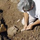 Scoperte in Grecia tre tombe micenee inviolate con corredi funebri e ceramiche
