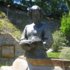 Il fantasma di Isabella di Morra: non c'è pace per la poetessa assassinata con cento coltellate dai suoi fratelli